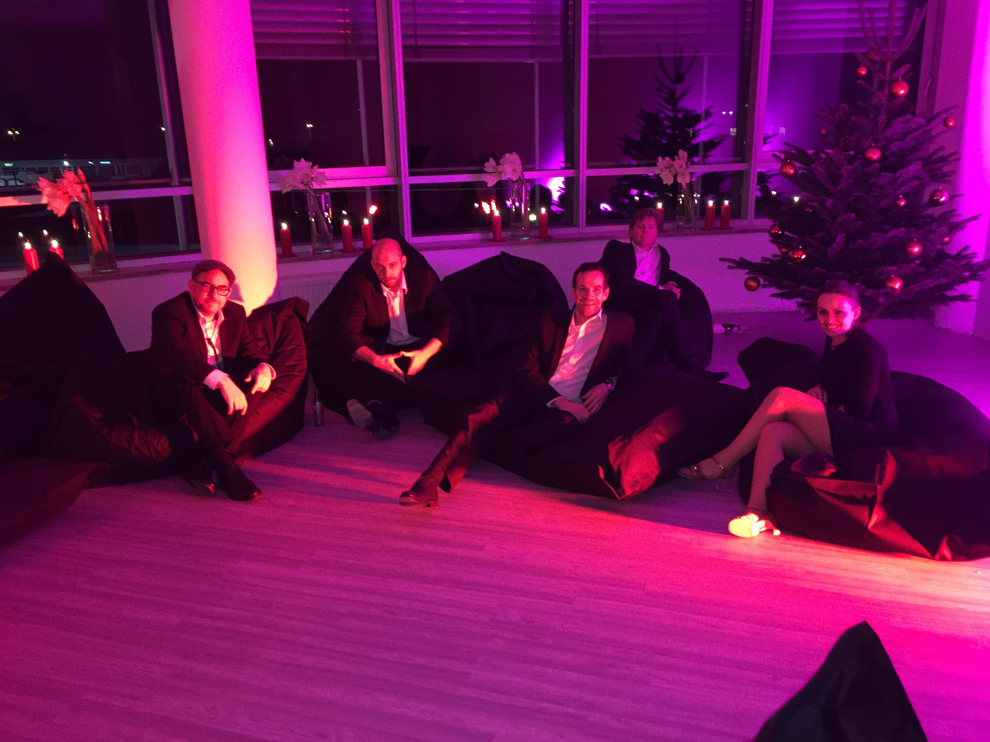 die liveband bei der weihnachtsfeier der 310klinik in n rnberg. Black Bedroom Furniture Sets. Home Design Ideas