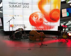 Live-Musik Messe-Party