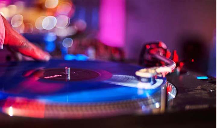 Liveband DJ Firmenfeier