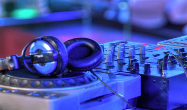 Liveband DJ Weihnachtsfeier